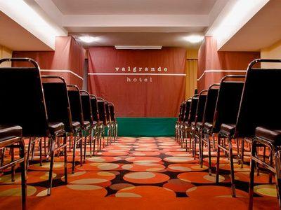 Sala Hoa foto 1