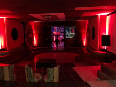 Discoteca + Sala Proiezioni foto 4