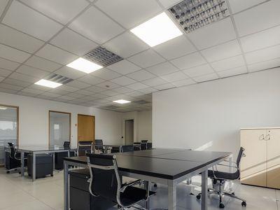 Openspace con sala riunioni foto 3